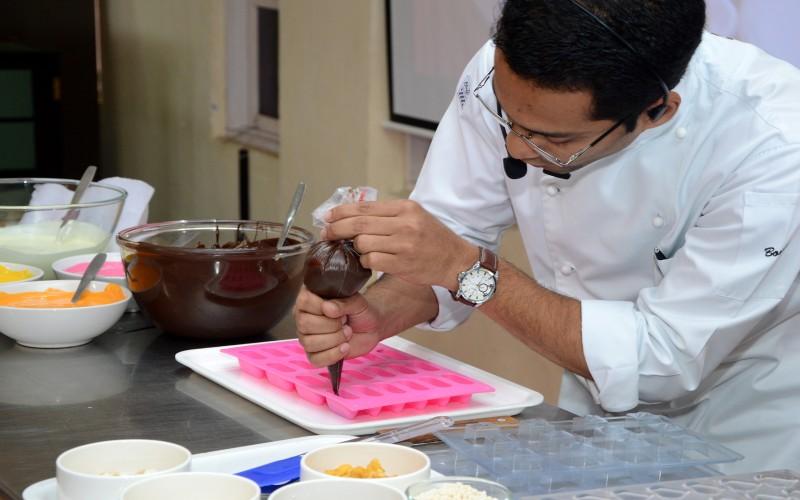 Chocolate-Making-02