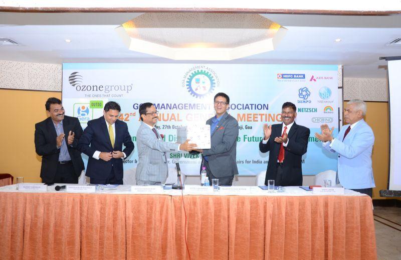 Memento presented to Chief Guest & Speaker – Mr. Vivek Vasishtha by President GMA