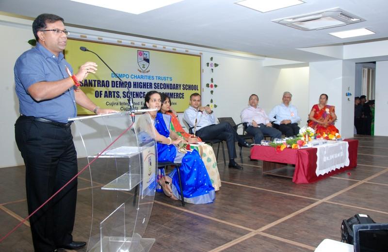 Chief Guest for the prize distribution ceremony, Shri. Vishwajit Rane Minister of Health, Govt of Goa, addressing the gathering. Also seen the Chairman of DCT's Shri. Srinivas Dempo, Trustee of Dempo Charities Trust, Shri. Yatish Dempo, Administrator of DCT's Shri. Rajesh Bhatikar, Principal Mrs. Rupa Khope, Vice Principal Mrs. Rekha Keni Gurrala, Students Council in charge Mrs. Supriya Angle and General Secretary Ms. Pallavi Betkikar.