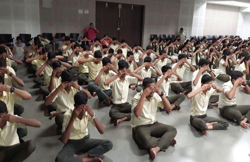 VDHSS-Celebrates-World-Yoga-Day-05